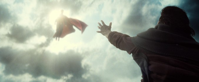 batman-v-superman-clark kent